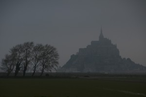 _LEP0956 - Le mont St-Michel un jour plutôt nuageux!