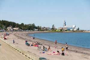 _LEP5857 - Petit arrêt à Ste-Luce.  Maleureusement, un autre endroit où ont as pas le droit de chien sur la plage!